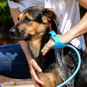 All-In-One Dog Bathing Tool