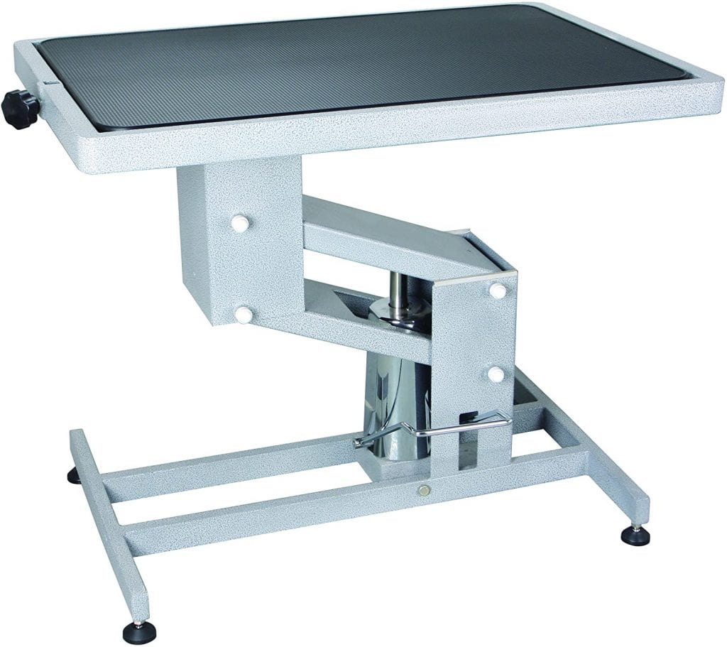 California Pet Supplies Electric Lifting Grooming Table in lifting action