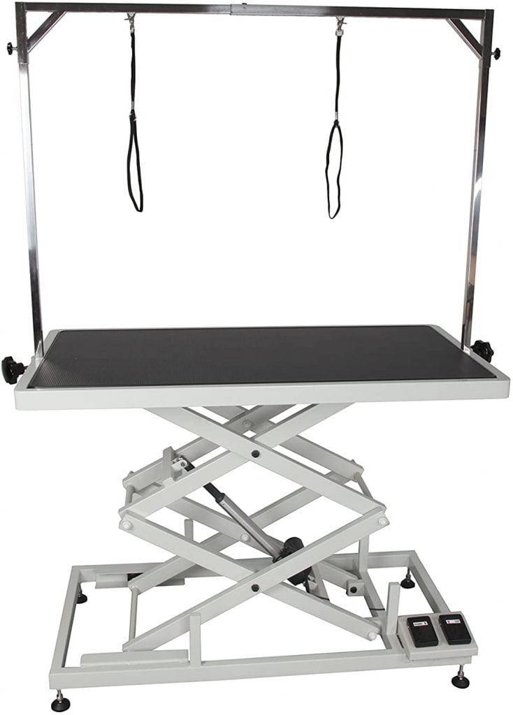 California Pet Supplies grooming table with electric motor accordion style)