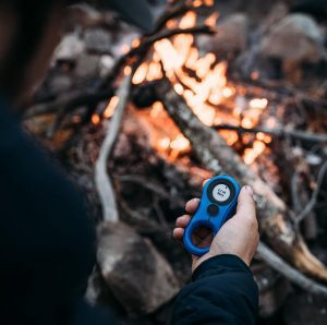 Using a smart compass by Lynq to locate a dog in the forest